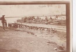 Photo Afrique Congo Belge 1911  Kongolo Rivière Lualaba Désensablage Du Bateau Poussé Par Congolais Réf 4478 - Africa