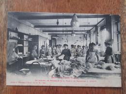 Bains Les Bains , Un Atelier De Repassage De La Maison De Broderie L Rouff - Bains Les Bains