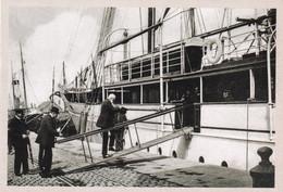 Le Soir Copie Nr 51 Leopold Ll Roi Des Belges Montant A Bord De Son Yacht L Alberta A Ostende - Royal Families