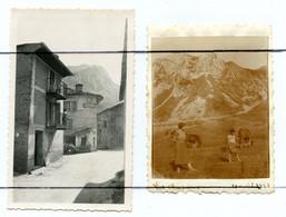 2 PHOTOGRAPHIES. D73 .Bourg-Saint-Maurice . Les Chapieux. Hôtel . Voiture - Places