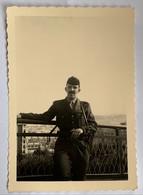 Photo Militaire. Guerre. Militaria. Mitraillette. Homme Qui Pose. Tunis. - War, Military