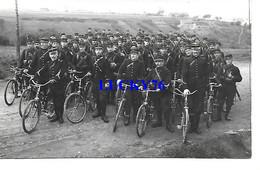 Regiment De Gendarmes A Velo Ou Douaniers - Régiments