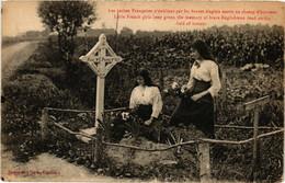 CPA AK Militaire - Petites Francaises N'oublient Par Les Anglais Morts (697038) - Unclassified
