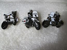 PIN'S    LOT  3  MOTO   POLICE  Email Grand Feu  DEHA - Motorfietsen