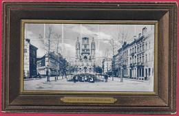C.P. Laeken =  Avenue  De La Reine  Et L'  Eglise - Laeken