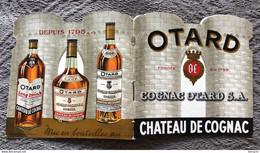 PUBLICITÉ COGNAC OTARD. PETIT LIVRET PUB SOUS FORME DE CHÂTEAU. TOUTE L'HISTOIRE DU CHÂTEAU DE COGNAC. Années 55/60 - Cognac