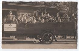 CARTE PHOTO : TOURISTES DANS UN AUTOCAR LIOYD LUFTDIENST BREMEN - HOTEL JOSEPH ET OSCAR BAUER - KASE RUNDFAHRTEN - R/V - - Buses & Coaches