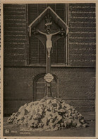 GEEL Crucifix - Kruisbeeld - Geel