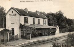 60. CPA. VIEUX MOULIN Ou MOULINS - Près Compiegne - La Gare - Les Quais - 1919 - Scan Du Verso - - Stazioni Senza Treni