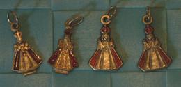 Medaille - Lot De 4 Petit Jesus De Pragues, Emaillée - Religion & Esotericism