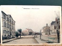 77 , Montereau ,la Place De La Gare En 1904 - Montereau