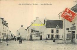 44 Herbignac, Place Du Marché, Animée, Commerces, Débit De Tabac..., Affranchie 1911 - Herbignac