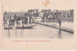 Saumur Passage De Rivière élèves Officiers éditeur Voelcker N°63 - Saumur