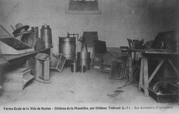 Ferme Ecole De La Ville De Nantes - Château De La Placelière, Par Château-Thébaud - Les Accessoires D'Apiculture - Nantes