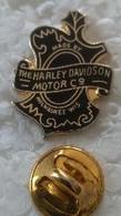 Pin's - Motos - THE HARLEY-DAVIDSON - MOTOR C° - - Motorfietsen