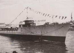 """PH. FRANCE PRESSE - LANCEMENT Du TORPILLEUR """"HARDI' à NANTES  4/5/38  (13 X 18.2 Cm.) - Boats"""