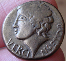 """Collection BP """"Le Trésor Des Monnaies Anciennes"""" N°2 - Vercingetorix - Statére - Professionals / Firms"""