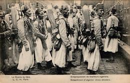 Paris, Départ De La Gare De Lyon Des Tirailleurs Algériens Après La Fête Nationale 1913 - Regiments