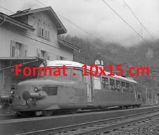 """Reproduction Photographie Ancienne Du Train """"Red Arrow"""" De Lucerne à Airolo En Suisse En 1949 - Riproduzioni"""