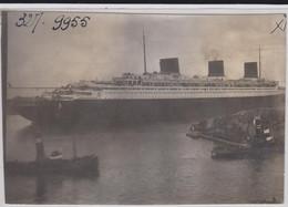 """PHOTO - """" LE NORMANDIE""""  Au Port Du HAVRE ( 7.8  X 11.6 Cm.) - Schiffe"""