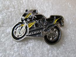 PIN'S  MOTO    GILERA - Motorfietsen