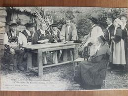 Devant Monsieur Le Maire.costumes De Kernascleden.coiffes Costumes Bretons.édition Waron - Other Municipalities