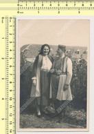 REAL PHOTO, 30s Montenegro Couple Man Woman In The National Costume, Homme Et Famme En Costume Traditionnel,ORIGINAL - Ohne Zuordnung