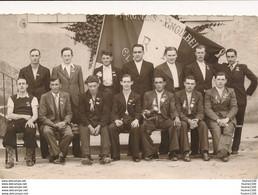 CARTE PHOTO  De Conscrits De MOULINS ENGILBERT Année De La Classe à Identifier ( Recto Verso ) - Moulin Engilbert
