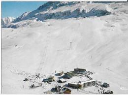 Alpe D'Huez - La Partie Supérieure De La Station Et Le Téléphérique Du Lac Blanc - Sonstige Gemeinden