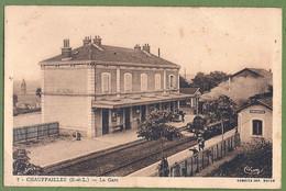 CPA - SAONE ET LOIRE - CHAUFFAILLES - LA GARE - Belle Animation, Le Train Arrivant à Quai - CIM / 7 - Altri Comuni
