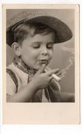 Enfant Avec Casquette Et Cigarette - 1944 (T150) - Ritratti