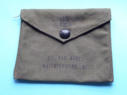 US Kit Gas Mask ( Format 11 X 13,5 Cm. ) It Is As Good As New / See Scans ! - Equipement
