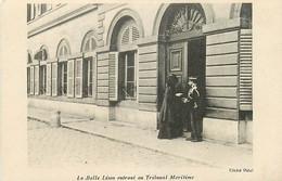 83 , TOULON ( Proces Ullmo ) , La Belle Lison Entrant Au Tribunal Maritime , * 372 00 - Toulon