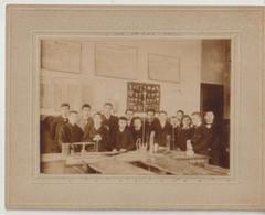 Photo Originale Signée HG Classe De Science 1905 Elèves Identifiés - Ohne Zuordnung