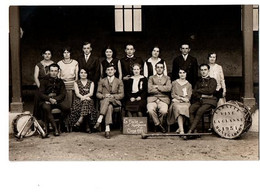 MONTGASCON LA CLASSE 1951 CARTE PHOTO TRES ANIMEE - Other Municipalities