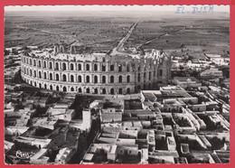"""CPSM- Sousse-EL-DJEM - """"THYSDRUS"""" - Ann.50- Vue Aérienne - Cim N°1 * Scan Recto/Verso - Tunesië"""