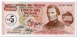 URUGUAY,5 NUEVOS PESOS ON 5 000 PESOS1975,P.57,UNC - Uruguay