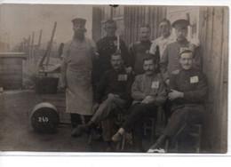 Guerre 1917- Photographie Prise Dans Un Camp De Prisonniers D'un Soldat Du 221° Regiment D'Infanterie 10° Compagnie - Guerra 1914-18