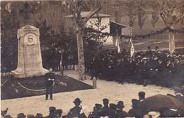 Carte Photo : Militaria - Militaire : Monument Aux Morts - Guerre 1914-18 - Cérémonie : Lieu à Identifier - War 1914-18
