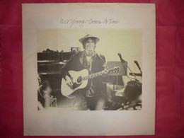 LP33 N°8254 - NEIL YOUNG - COME A TIME - Rock