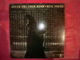 LP33 N°8255 - NEIL YOUNG - AFTER THE GOLD RUSH - K 44088 - RSLP 6383 - Rock