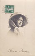 JEUNE FILLE AU BEAU SOURIRE - BONNE ANNEE - CPA FANTAISIE DE 1912.... - New Year