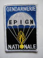 ECUSSON GENDARMERIE NATIONALE PARACHUTISTES EPIGN ETAT EXCELLENT SUR VELCROS 80MM X 55MM - Policia