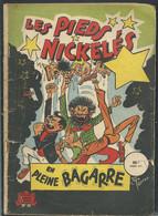 LES PIEDS NICKELES N° 30 EN PLEINE BAGARRE Car20001 - Pieds Nickelés, Les