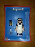 """Figurine Playmobil """"l'Infirmière De Nuit"""" Neuf Sous Blister Avec Accessoires - Playmobil"""