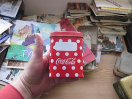 Old Tin Box Coca Cola 8x8x11 Cm - Non Classés