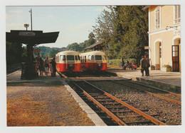 19 SEILHAC Train Autorails Billard Du POC En Gare Le 3 Août 1964 Voyageurs VESPA Sur Le Quai - Andere Gemeenten