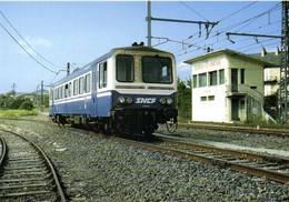 Gare De Severac Le Chateau L'autorail X2125 Rodez Millau RV - Otros Municipios