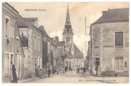 CPA 72 - PRECIGNE (Sarthe) - Rue Animée (vue De La Rue Du Pé) - Autres Communes
