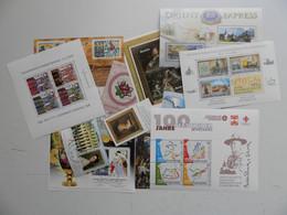 AUTRICHE COLLECTION DE  13 BLOCS FEUILLETS RECENTS DIFFERENTS OBLITERES  1er CHOIX (voir Photos) - Verzamelingen (zonder Album)
